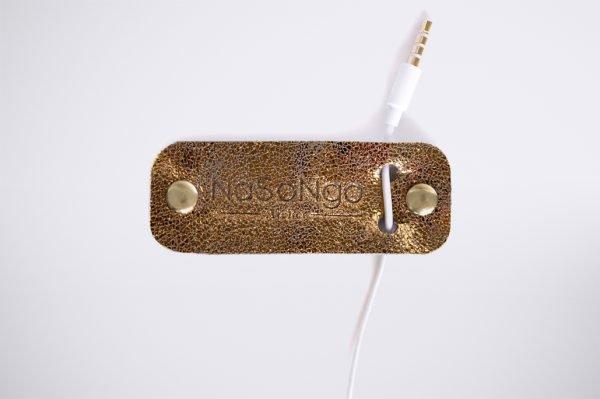 cable kabel organisieren organize kabel salat knot noeud glitter shiny bling bronze