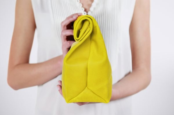 lunch bag pochette soiree evening wedding hochzeit accessoire marriage outfit chic elegant tasche witzig funny humour lustig chic style street fashion slow green trend tendence branche sac blog magnet hand made germany france europe upcycled ethical transparent responsable environement world save
