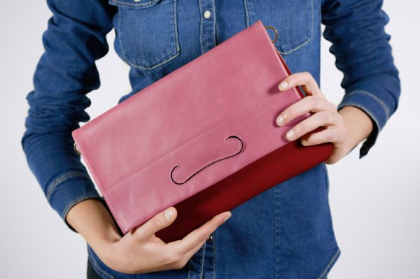 tendence trend street style colour blocking hand made fait sac a main silver silber argent cuivre rose pink pochette summer couleur colourfull bunt farbig trend sommer